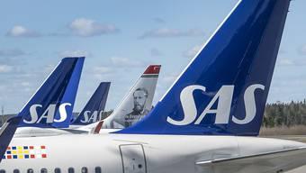 Die Coronakrise belastet die Airline SAS: Flugzeuge in Stockholm.