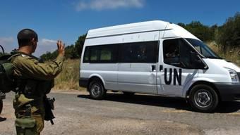 UNO-Soldaten fahren über die israelisch-syrische Grenze (Archiv)