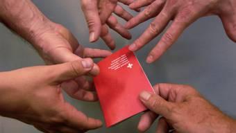 Genügend begehrt, um den Weg durch die Instanzen zu beschreiten: Der Schweizer Pass. Oliver Menge