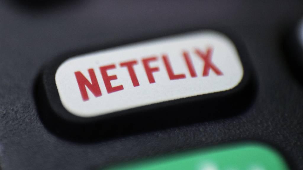 Der Streaming-Dienst Netflix hat erstmals mehr als 200 Millionen Kunden angelockt. (Archivbild)