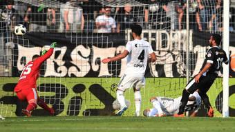 Basel ist geschockt: Soeben hat Carlinhos das 2:2 erzielt.