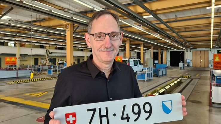 Das Zürcher Strassenverkehrsamt führt am kommenden Mittwoch eine Online-Auktion für die Autonummer «ZH 499» durch. (Symbolbild)