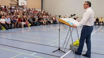 Erziehungsdirektor Remo Ankli bei seiner Grussadresse an die anwesenden Berufsfachlehrkräfte.