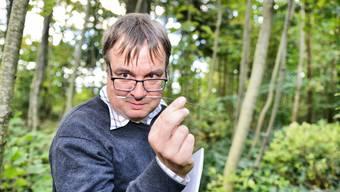 Ludwig Beenken sorgt sich ums Überleben der    Eschen in der Schweiz. Grund dafür: Der Falsche Eschenstängelbecherling, ein aus Japan eingeschleppter Neomycet.