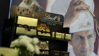 Der Schokoladenhersteller Lindt & Sprüngli hat seinen Umsatz im vergangenen Jahr um 6,8 Prozent gesteigert.
