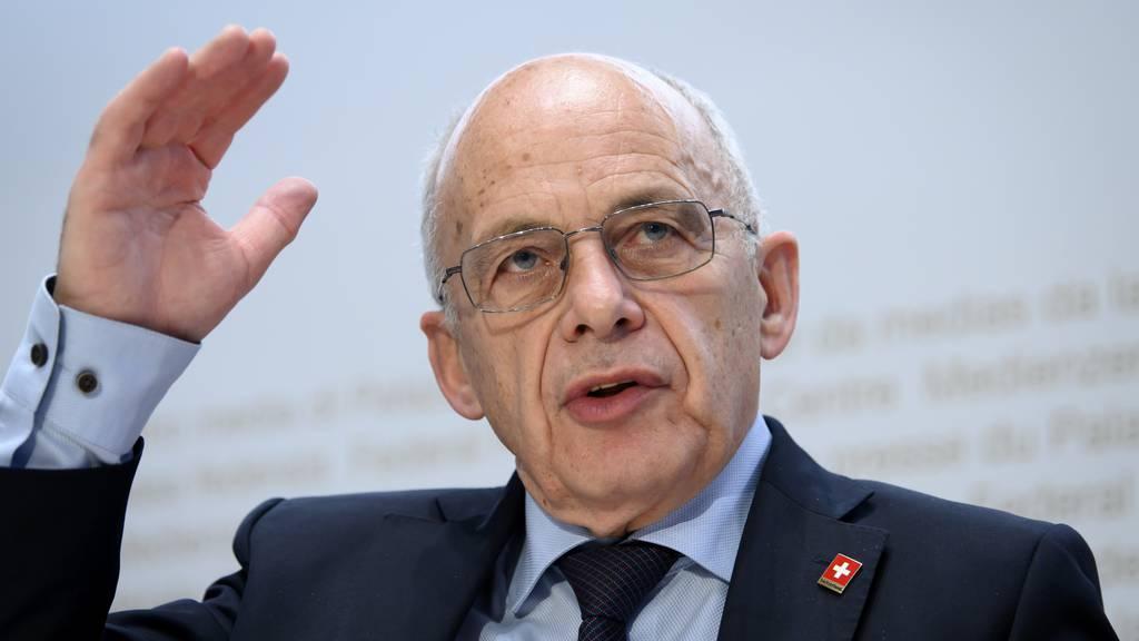 Finanzminister Ueli Maurer rechnet mit einem Schuldenberg von bis zu 30 Milliarden Franken.