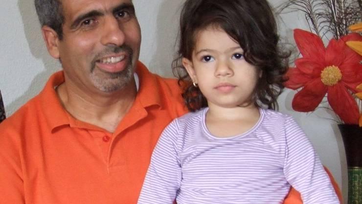 Bachir Menhane: mit Tochter Riham Sie fastet noch nicht. (wua)