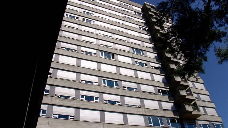 Soll bis 2018 durch einen Neubau ersetzt werden: Das Spital Limmattal.