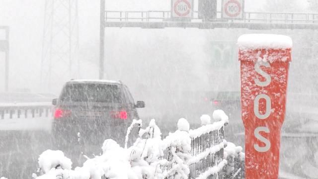 22 Unfälle in Bern wegen Neuschnee