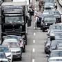 Der Stau ist ein tägliches Ärgernis für viele Autofahrer.