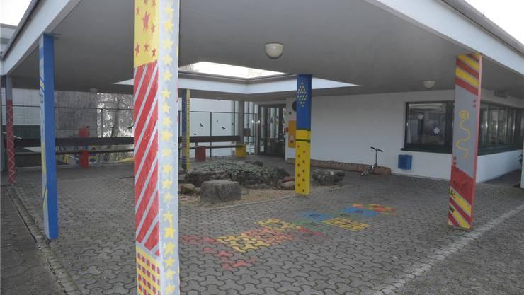 Die Schule Aristau steht wegen Formaldehyd vorübergehend leer. es