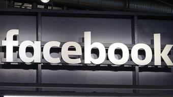 Das Soziale Netzwerk Facebook hat nach eigenen Angaben eine Kampagne zur Wahlmanipulation vor den US-Kongresswahlen im November aufgedeckt. (Archivbild)