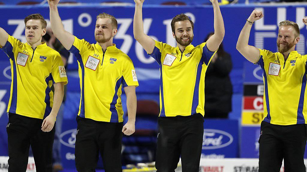 Schwedens erfolgreiche Curler (von links): Christoffer Sundgren, Rasmus Wrana, Oskar Eriksson, Skip Niklas Edin