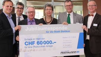 Matthias Pestalozzi, Roger Brunner, Urs Jenny, Esther Tonini, Otto Müller und Dietrich Pestalozzi (v.l.).zvg