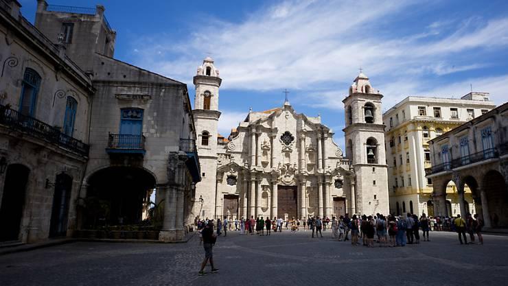 Die Regierung in Havanna reagiert auf Proteste und will nun doch keine Anpassung der Verfassung in Bezug auf die Homo-Ehe vornehmen. (Symbolbild)