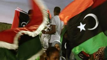 Gut ein Jahr nach der Befreiung von Gaddhafi hat Libyen wieder eine Regierung: Feiern zur Unabhängikeit am 23. Oktober in Tripolis (Archiv)