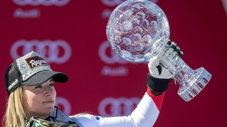20. März 2016 - Am Weltcupfinal in St. Moritz steht Lara Gut als Zweite im Super-G und als Dritte im Riesenslalom auf dem Podest. Das Highlight erfolgt, als sie mit 24 Jahren, 10 Monaten und 22 Tagen die grosse Kristallkugel für den Sieg im Gesamtweltcup erhält. Es ist die vorläufige Krönung ihrer Karriere. (mpr)