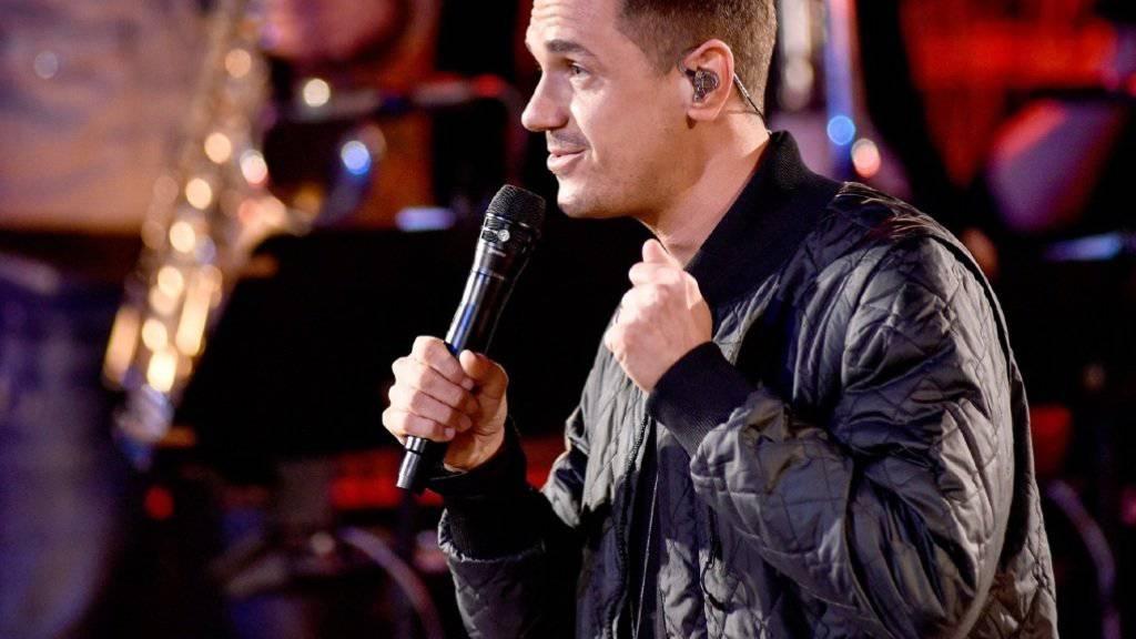 Singt die Songs seiner Musikerkollegen und stellt sich ihrem Urteil: Musiker Seven bei «Sing meinen Song». (Pressebild Vox)