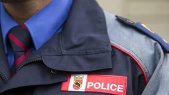 Die Berner Polizei ermittelt nach dem Tod eines Mannes in Moutier.