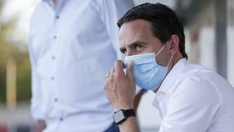 Ist der neue Trainer die letzte Patrone von Sandro Burki? Der Sportchef des FC Aarau nimmt Stellung zur Kritik