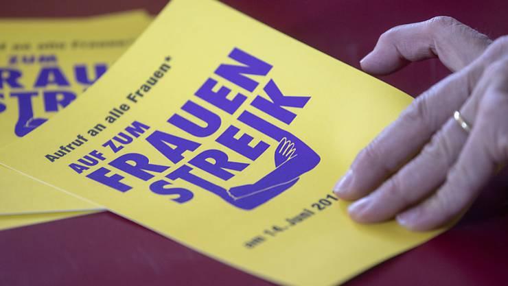 Alles bereit für den Frauenstreik: Die Flugblätter sind gedruckt.