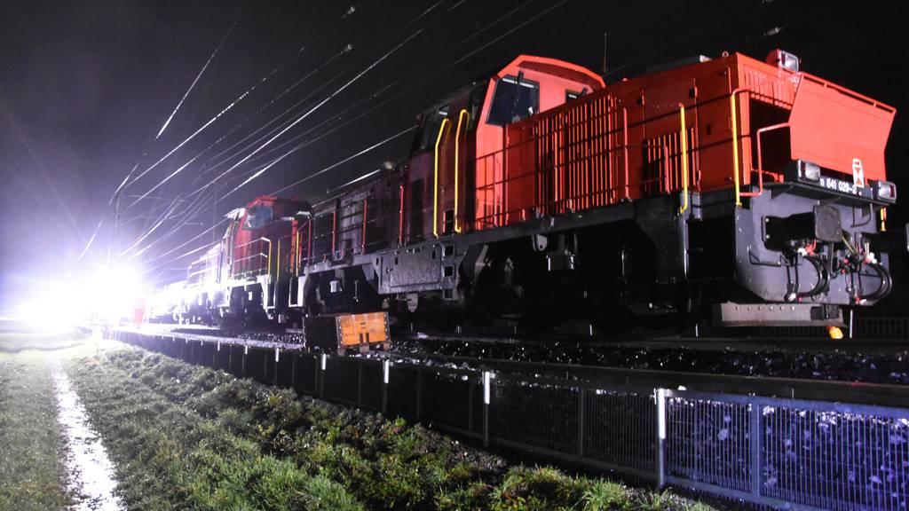 Fünf Gleisarbeiter bei Bahnunfall verletzt