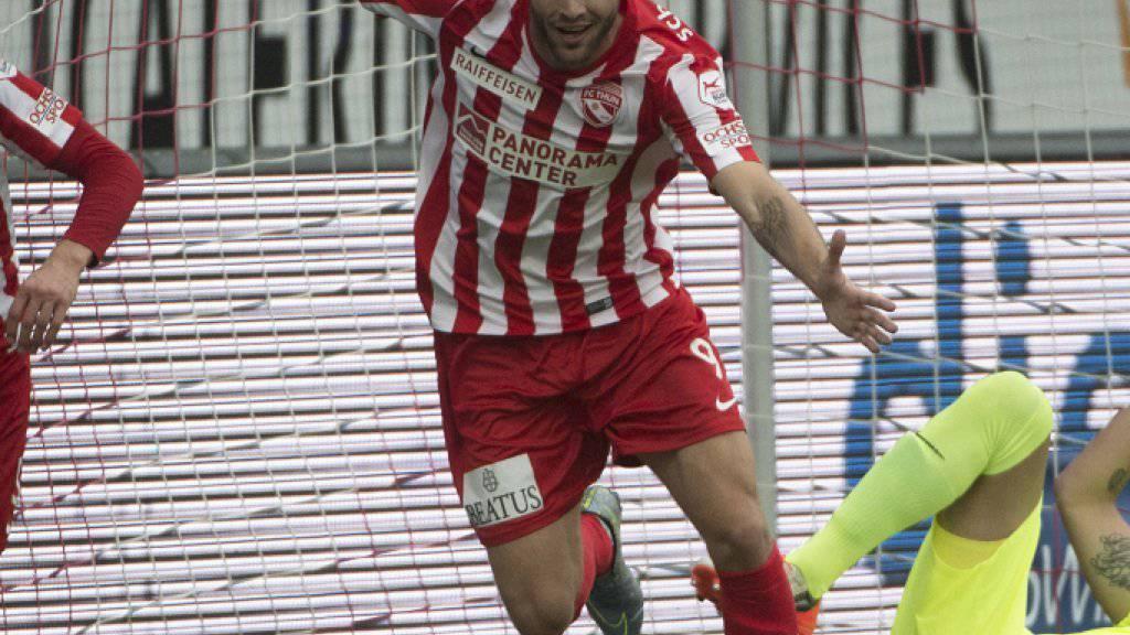 Schoss den FCZ mit einem Hattrick ab: Thuns Stürmer Roman Buess