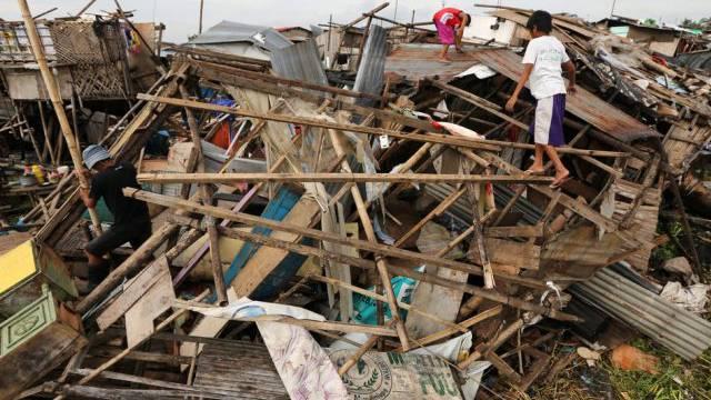 Rammsun zerstörte zahlreiche Häuser und Hütten