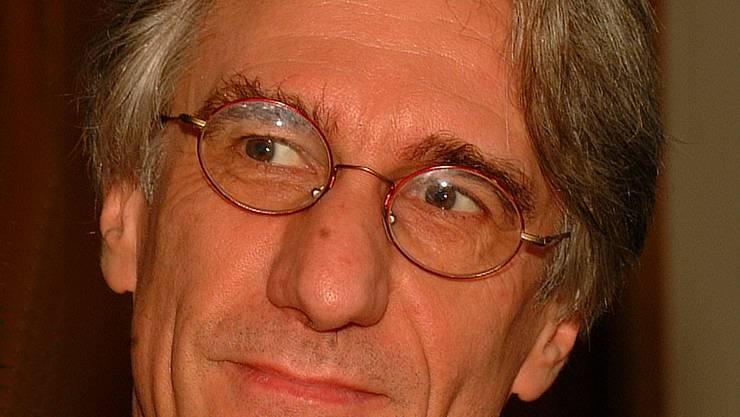 «Mister Langstrasse»: Rolf Vieli will neue Strategien im Kampf gegen das überbordende Sexgewerbe. (Bild: Walter Schwager)