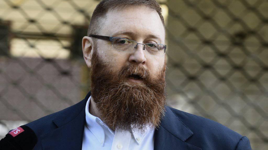 Erwin Sperisen ist am Montagmorgen nach fünf Jahren Haft aus dem Genfer Gefängnis Champ-Dollon entlassen worden.