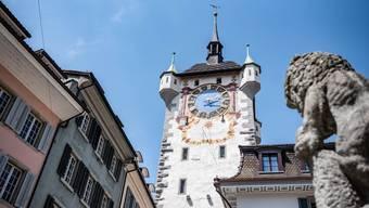 Beim Stadtturm in Baden gilt ein Durchfahrverbot. (Archivbild)