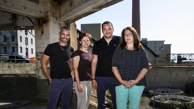 Thomas Ledermann, Pia Ringenbach, Andreas Campi und Jasmine Huber (v.l.) auf der Attisholz-Brache.