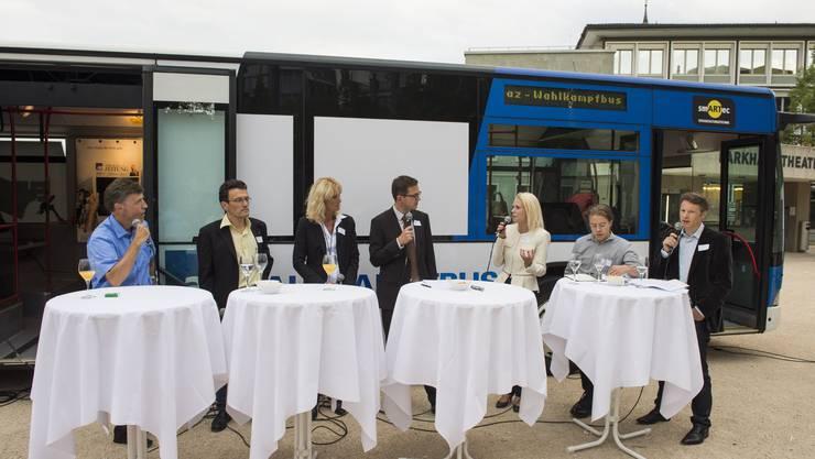 Dabei sind Luzi Stamm, Johannes Jenny, Susanne Voser, Christian Dorer, Liliane Studer, Florian Vock und Jonas Fricker.