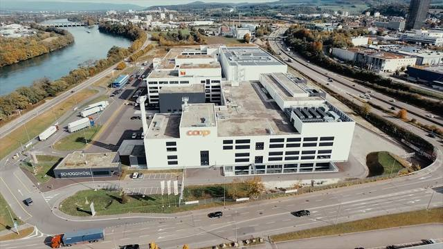 Der neue Coop-Produktionsstandort in Pratteln aus der Vogelperspektive.