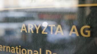 Schriftzug von Aryzta am Eingang zum Konzernsitz in Zürich