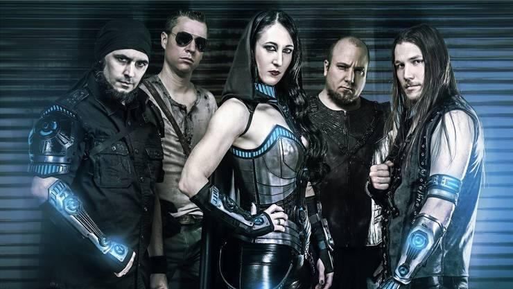 Die Band Deep Sun hat es in die Album Charts geschafft.