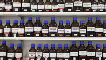 Der Bund bewilligte im Jahr 2014 eine Lieferung von Isopropanol nach Syrien, eine Substanz für die Herstellung von Pharmazeutika, aber auch von Chemiewaffen. (Symbolbild)