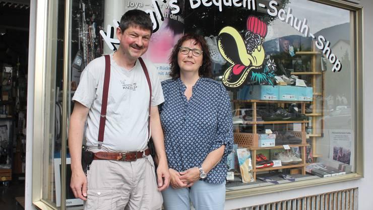 Stefan und Sandra Kliegl halfen einem Motorradfahrer, welcher sich durch einen Sturz auf eine scharfkantige Leitplankenstütze schwer verletzte.