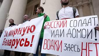 In Weissrussland protestieren Menschen gegen das gemeinsame Manöver ihres Landes mit Russland.