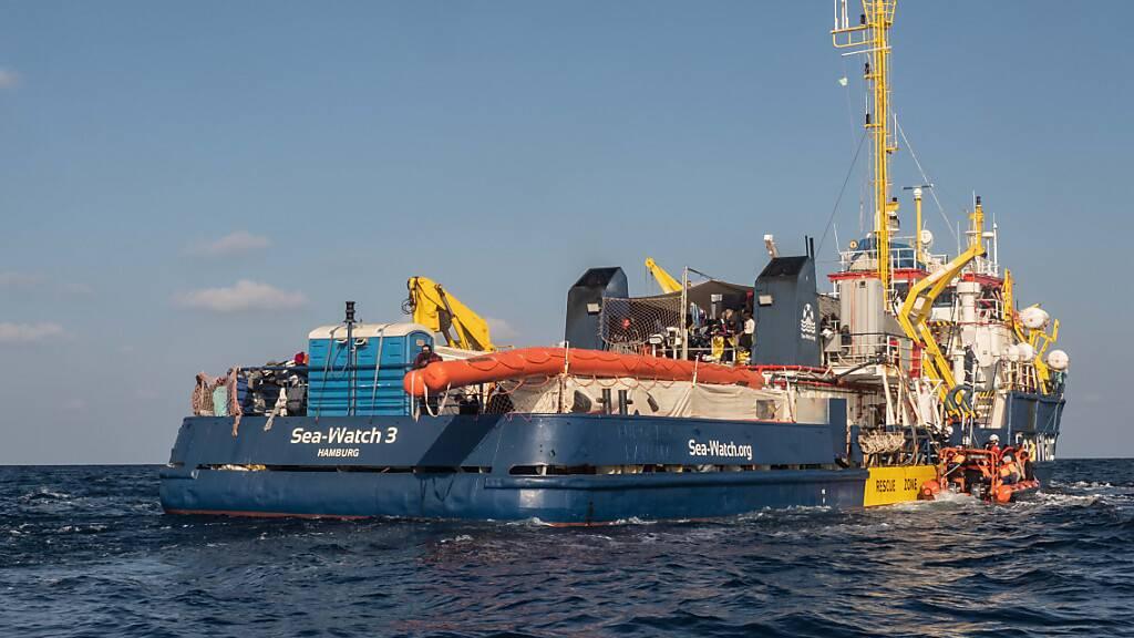 Sea-Watch darf Migranten nach Italien bringen
