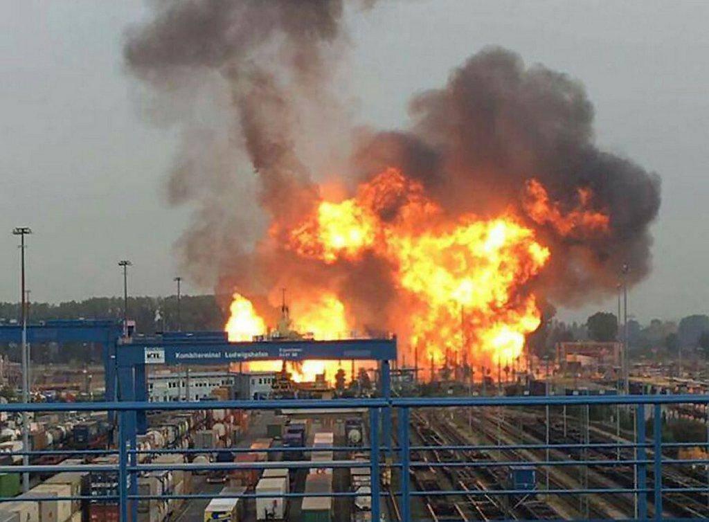 So brannte es gestern in Ludwigshafen (© Keystone)