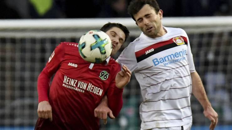 Das Schweizer Duell zwischen Pirmin Schwegler und Admir Mehmedi endete Remis