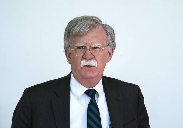 John Bolton gerät mit seiner harten Linie zunehmend ins Abseits.