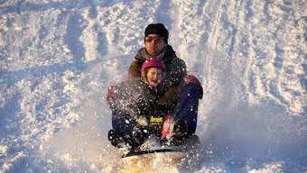 Impressionen des Schneeparadieses auf der Baldegg in Baden.