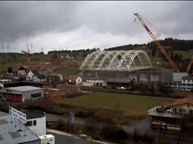 Sondermülldeponie Kölliken: Der Aufbau der Halle im Webcam-Zeitraffer (3. Juli 2006 bis 31. August 2007)