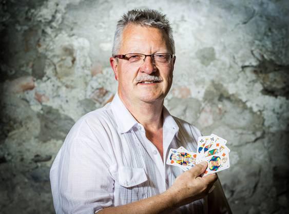 «Die meisten schauen zu viel in die eigenen Karten und zu wenig, was der Partner verwirft»: az-Jasskönig Thomas Hollinger.