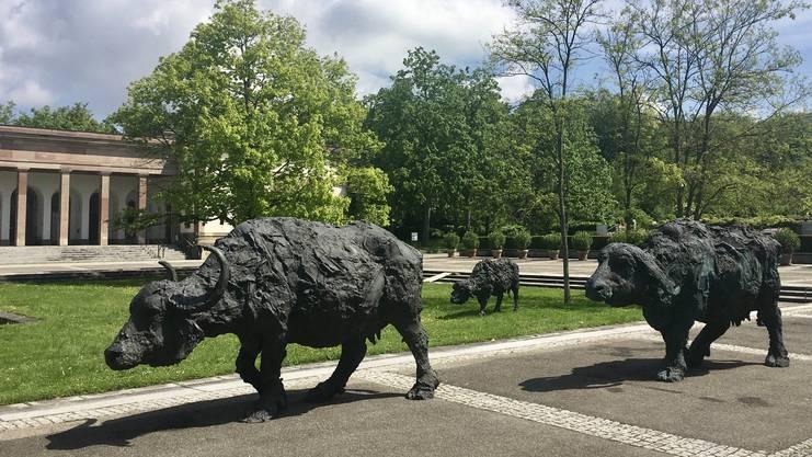 Mit «Bring mich zurück» bevölkern die Skulpturen des italienischen Künstlers Davide Rivalta das Hörnli.