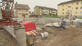 Am 5. Dezember 2019 stürzte auf dieser Baustelle in Dietikon ein rund zwei Tonnen schweres Betonelement auf den arbeitenden Mauererlehrling aus Geroldswil.