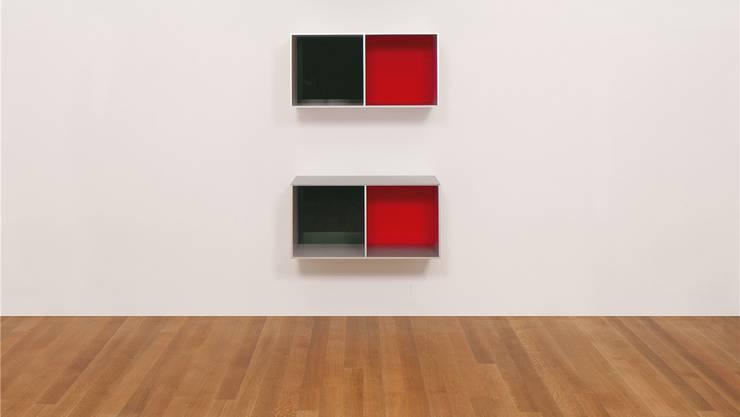 Made in Switzerland: Donald Judd «Untitled (Menziken 88–16)» von 1988 aus Aluminium, grünem und rotem Plexiglas. Die minimalistischen Stücke gelten als cool und kosten deutlich über eine Million Dollar.