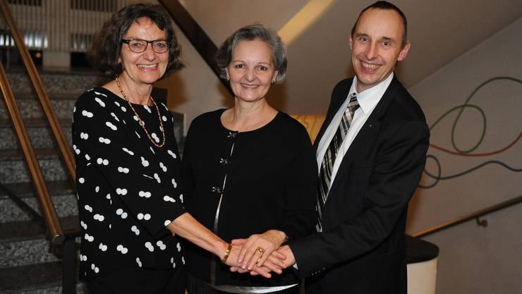 Das starke Trio für 2019: Grossratspräsidentin Renata Siegrist-Bachmann (GLP, Mitte), Edith Saner (CVP), erste Grossratsvizepräsidentin und Pascal Furer (SVP), zweiter Grossratsvizepräsident.